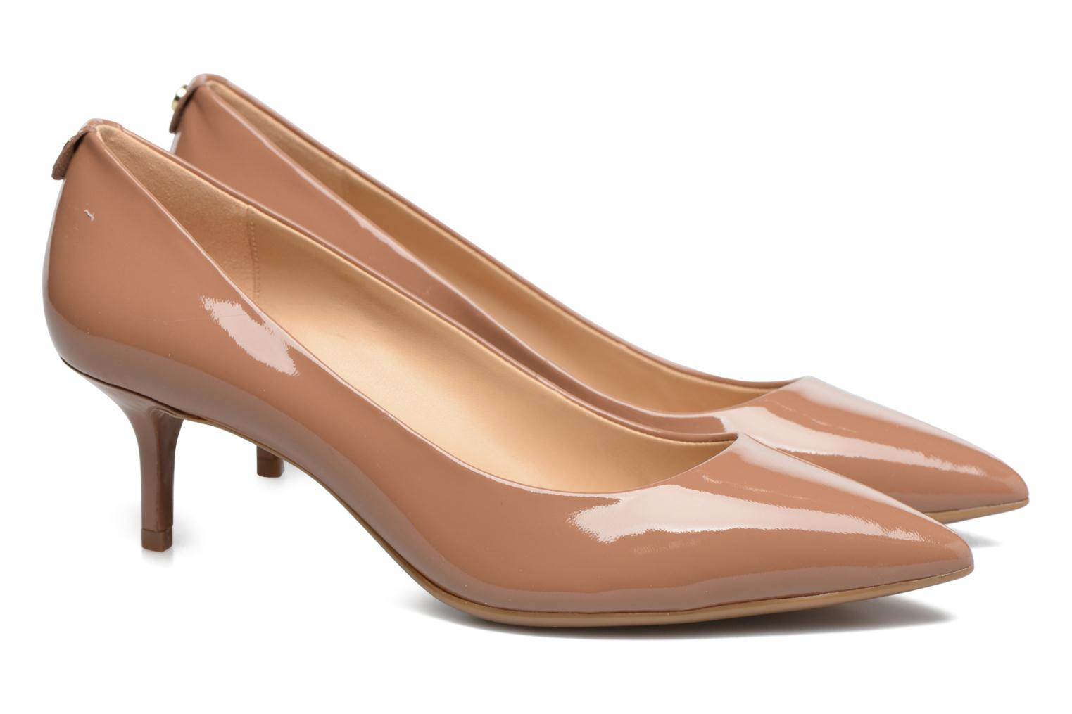 Mk Flex Kitten Pump 515 Almond