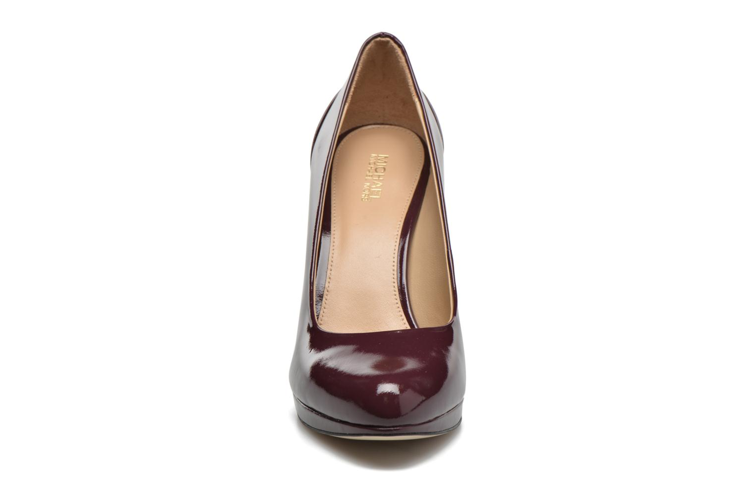 Pumps Michael Michael Kors Yasmin Pump Bordeaux model