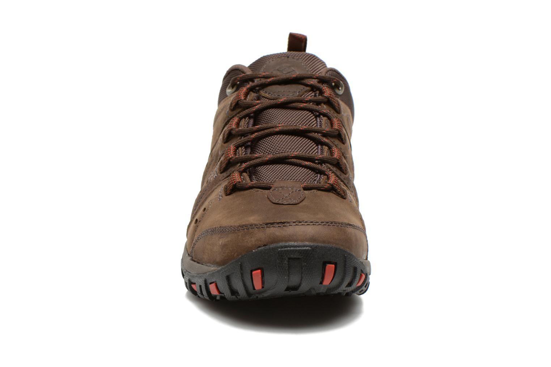 Chaussures de sport Columbia Woodburn Plus II Marron vue portées chaussures