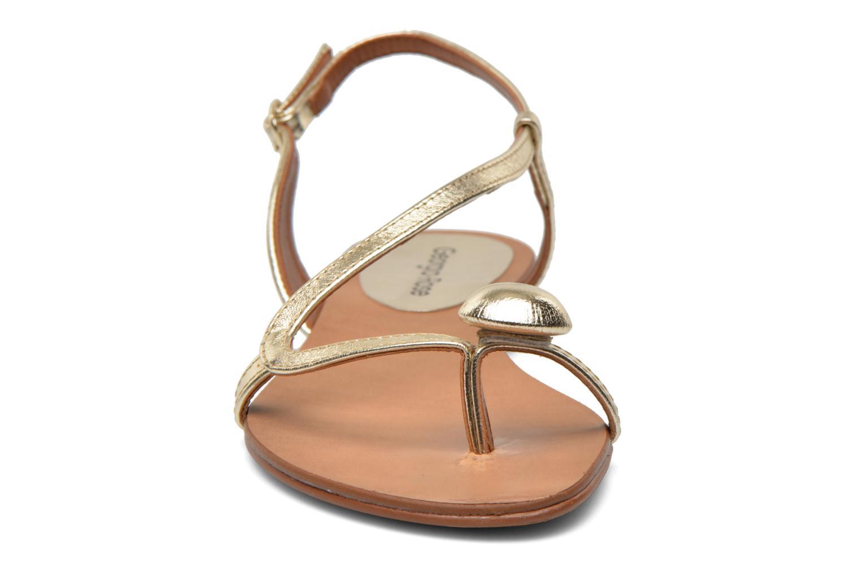 Sandali e scarpe aperte Georgia Rose Calindda Oro e bronzo modello indossato