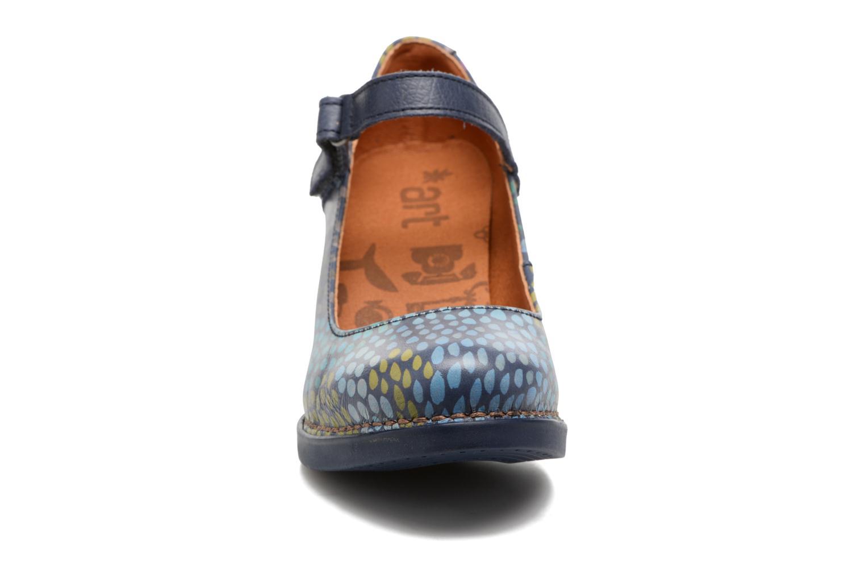 Escarpins Art Harlem 933F Bleu vue portées chaussures