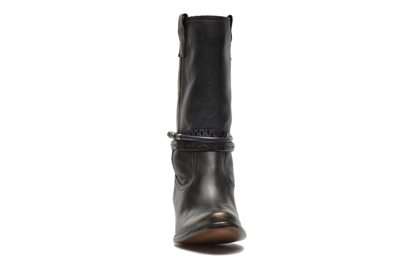 Bottines et boots Karston Fuzin Noir vue portées chaussures