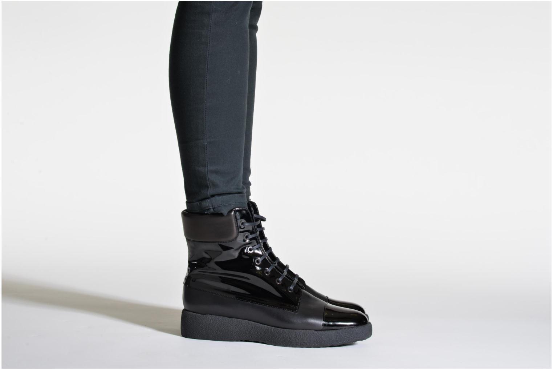 Stiefeletten & Boots Clergerie Freezj schwarz ansicht von unten / tasche getragen