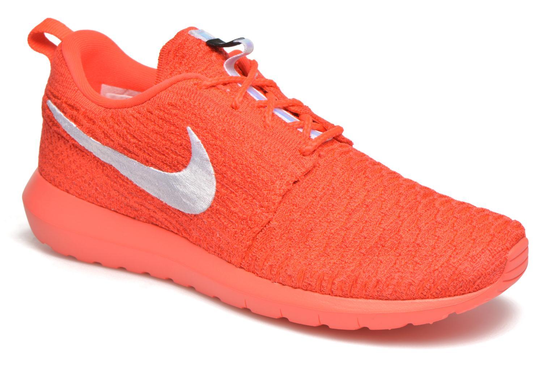 Baskets Nike Nike Roshe Nm Flyknit Orange vue détail/paire