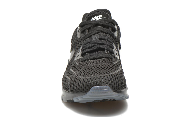 Baskets Nike W Air Max 90 Ultra Br Noir vue portées chaussures