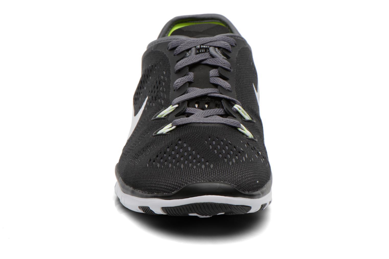Chaussures de sport Nike W Nike Free 5.0 Tr Fit 5 Brthe Noir vue portées chaussures