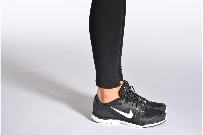 Chaussures de sport Nike Wmns Nike Flex Trainer 5 Noir vue bas / vue portée sac