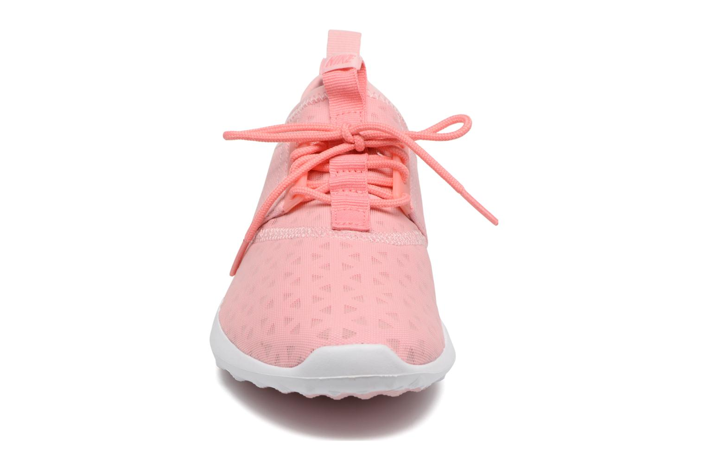 Baskets Nike Wmns Nike Juvenate Rose vue portées chaussures