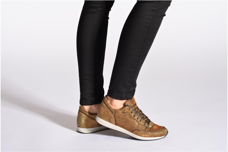 Sneaker Ippon Vintage Run Show silber ansicht von unten / tasche getragen