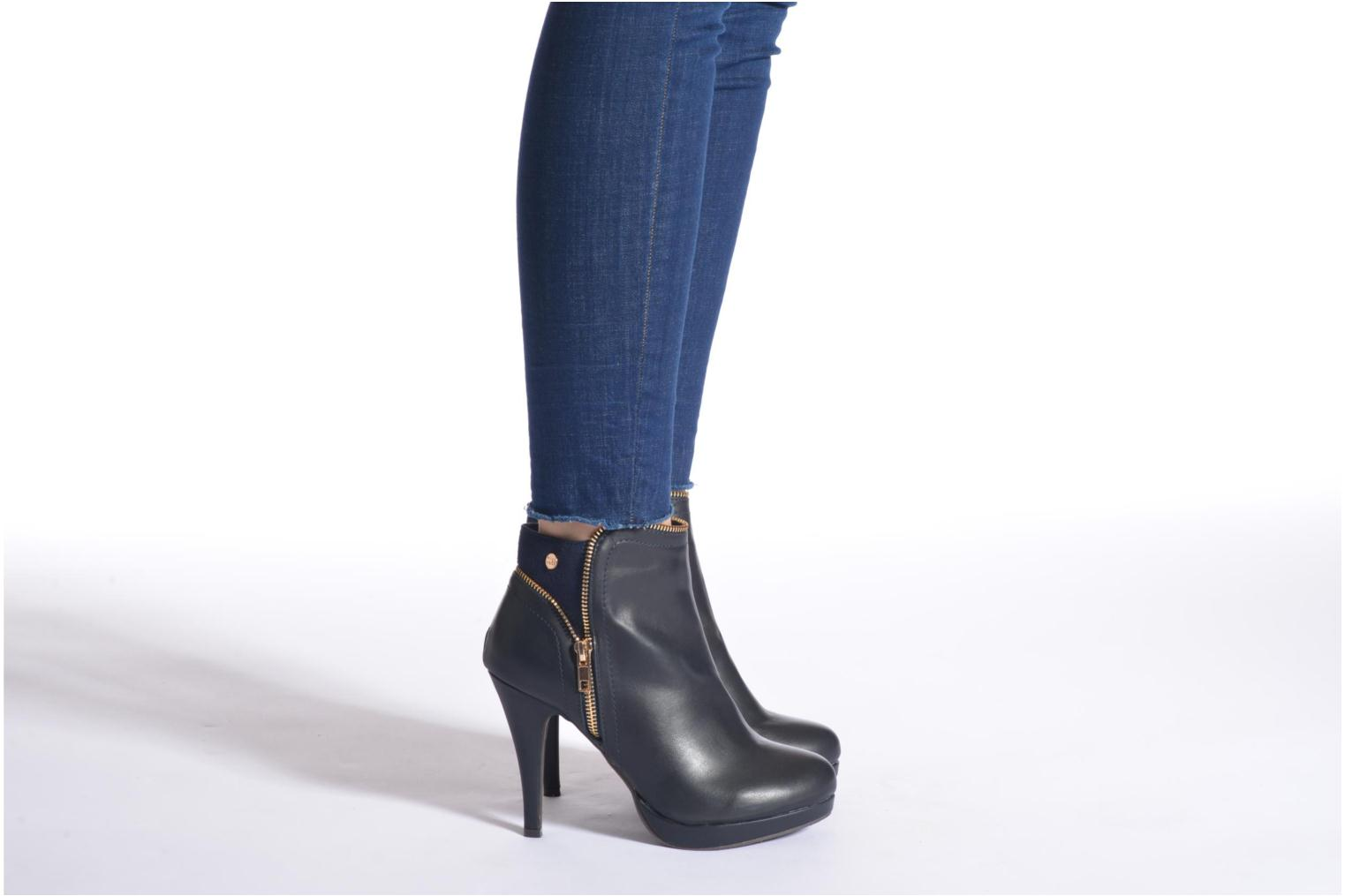 Ankle boots Xti Joli-28452 Blue view from underneath / model view