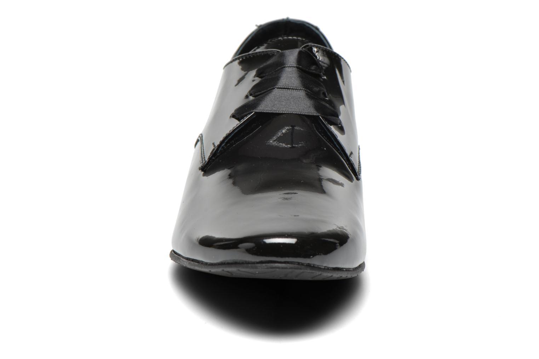 Chaussures à lacets Coco et abricot Brenda Noir vue portées chaussures