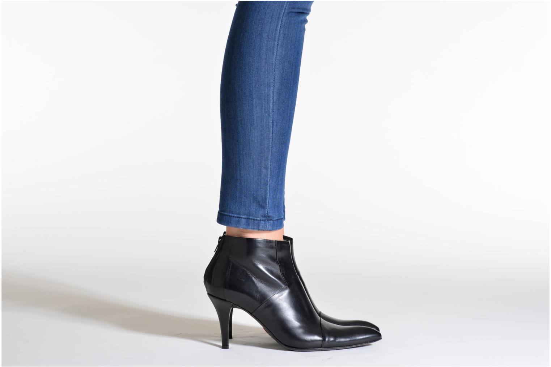 Stiefeletten & Boots Free Lance Jaspe 7 Low Zip Boots schwarz ansicht von unten / tasche getragen