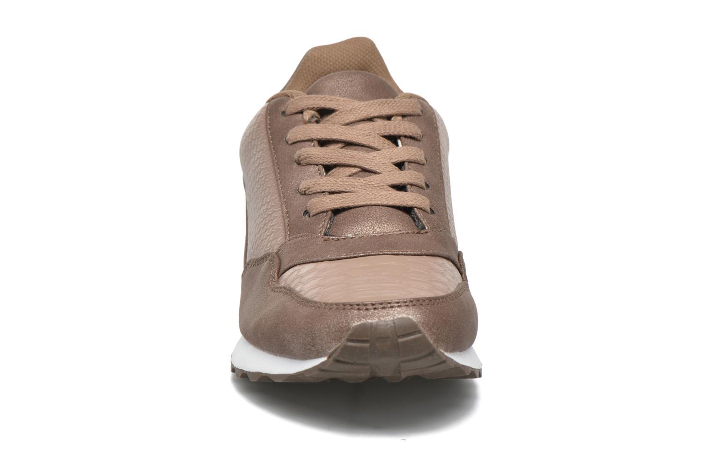 Sneaker Divine Factory Boka beige schuhe getragen