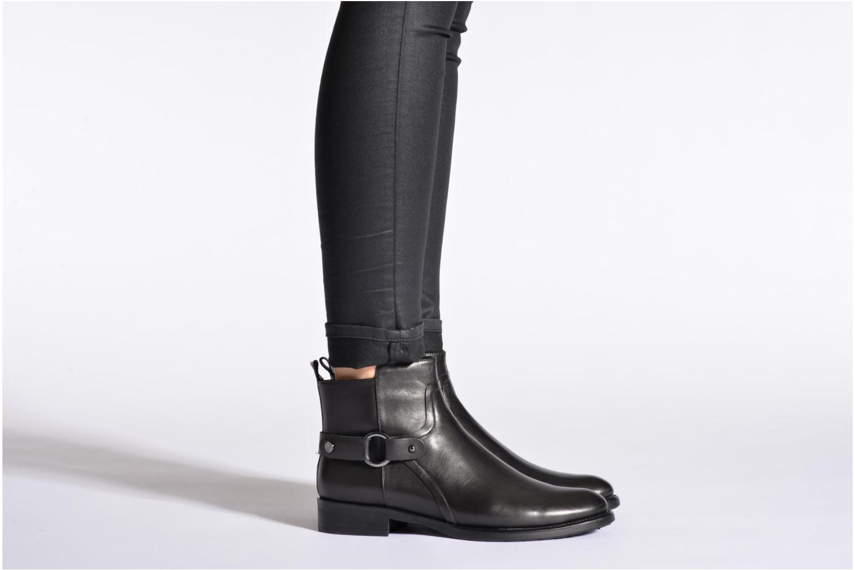 Bottines et boots JB MARTIN 3Barcelone Noir vue bas / vue portée sac