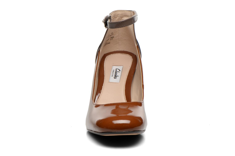 Escarpins Clarks Gabriel Candy Marron vue portées chaussures