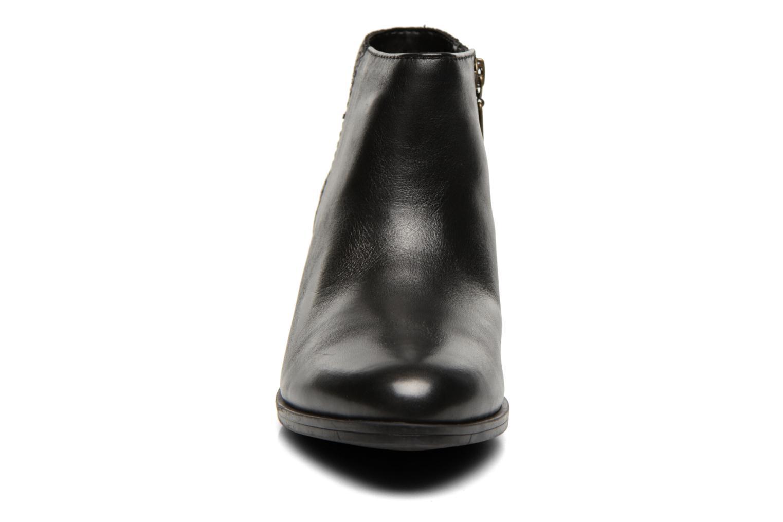Bottines et boots Clarks Gelata Italia Noir vue portées chaussures