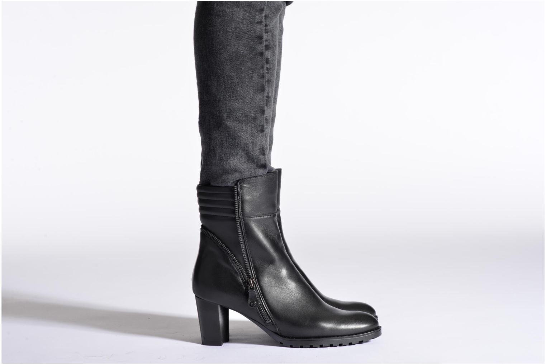 Bottines et boots Ara Grenoble Noir vue bas / vue portée sac