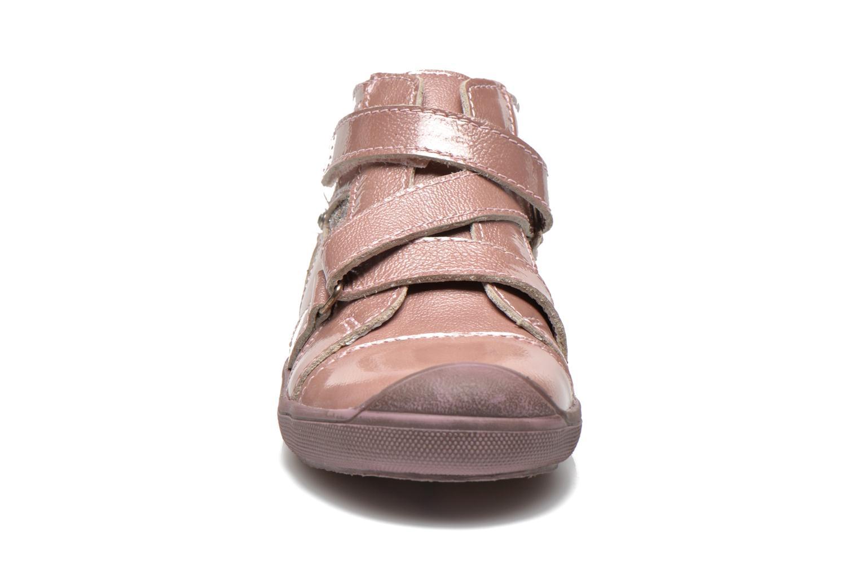 Chaussures à scratch GBB Lucine Rose vue portées chaussures