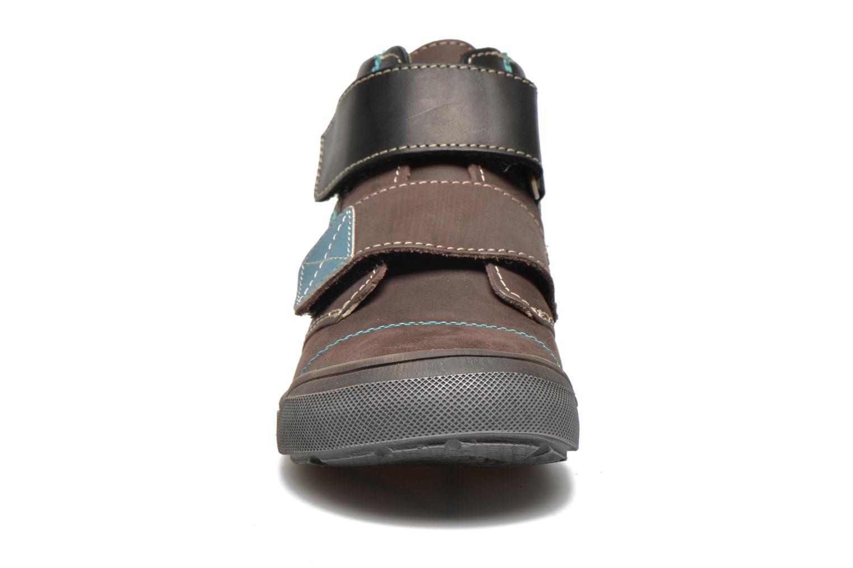 Chaussures à scratch GBB Lorencio Gris vue portées chaussures