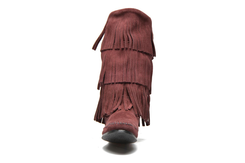 Bottines et boots Minnetonka 3 Layer Fringe Bt Bordeaux vue portées chaussures