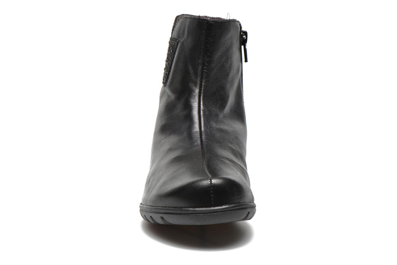 Bottines et boots Fluchos Evel 9166 Noir vue portées chaussures