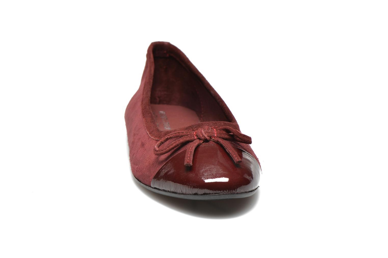 Ballerina Elizabeth Stuart Falco-H 549 Vinröd bild av skorna på
