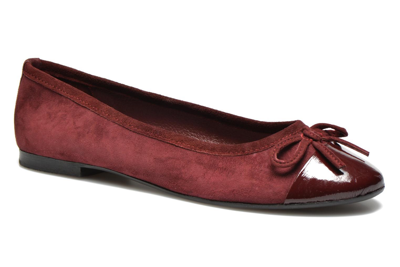 Ballerina's Elizabeth Stuart Falco-H 549 Bordeaux detail