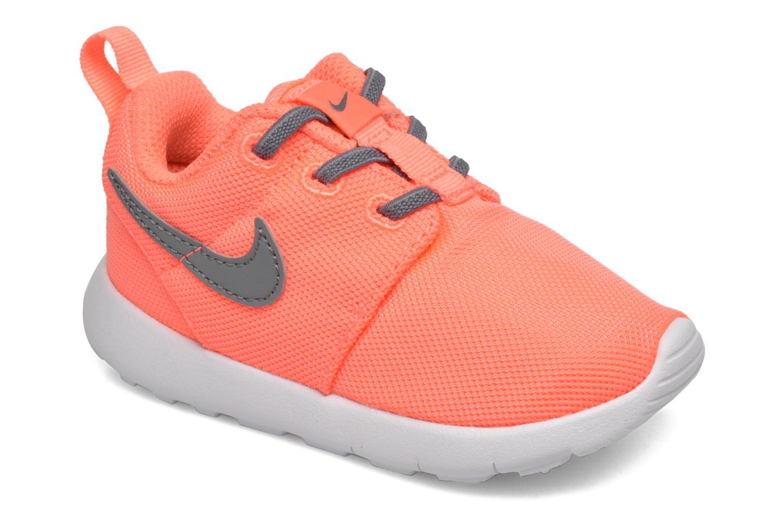 Baskets Nike Nike Roshe One (Tdv) Orange vue détail/paire