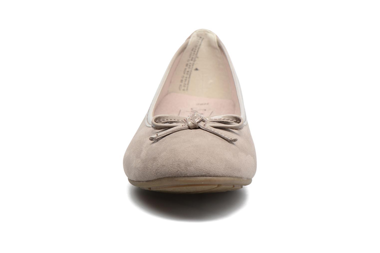 Ballerines Jana shoes Aciego Marron vue portées chaussures
