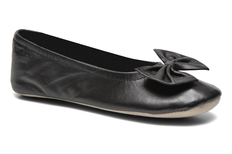 Chaussons Isotoner Ballerine cuir chèvre grand nœud Noir vue détail/paire