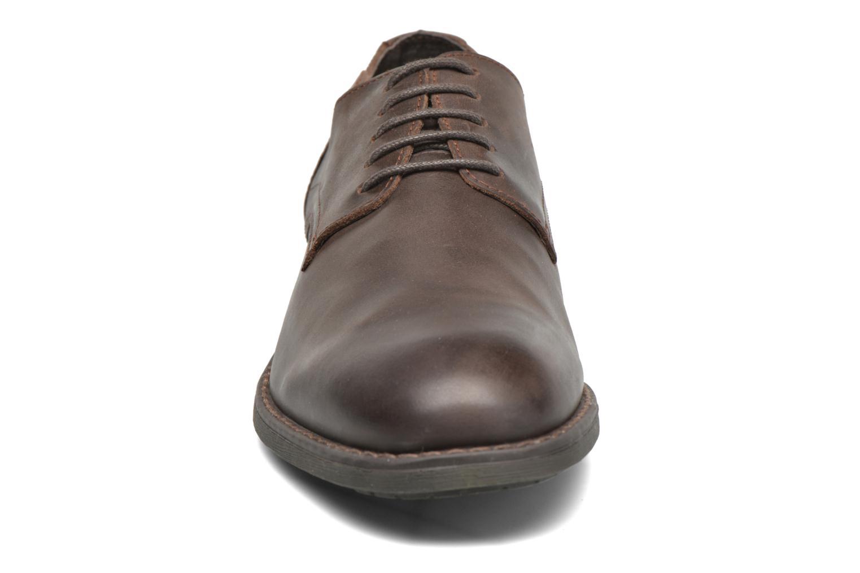 Chaussures à lacets Pikolinos PAMPLONA 03Q-4031 Marron vue portées chaussures