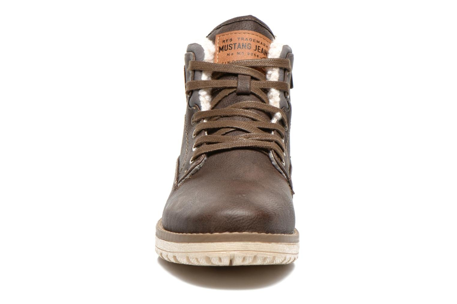 Ankle boots Mustang shoes Uthvir Brown model view