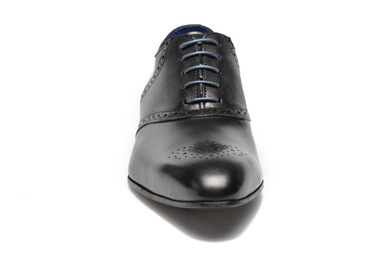 Zapatos con cordones Marvin&Co Nagolfy Negro vista del modelo