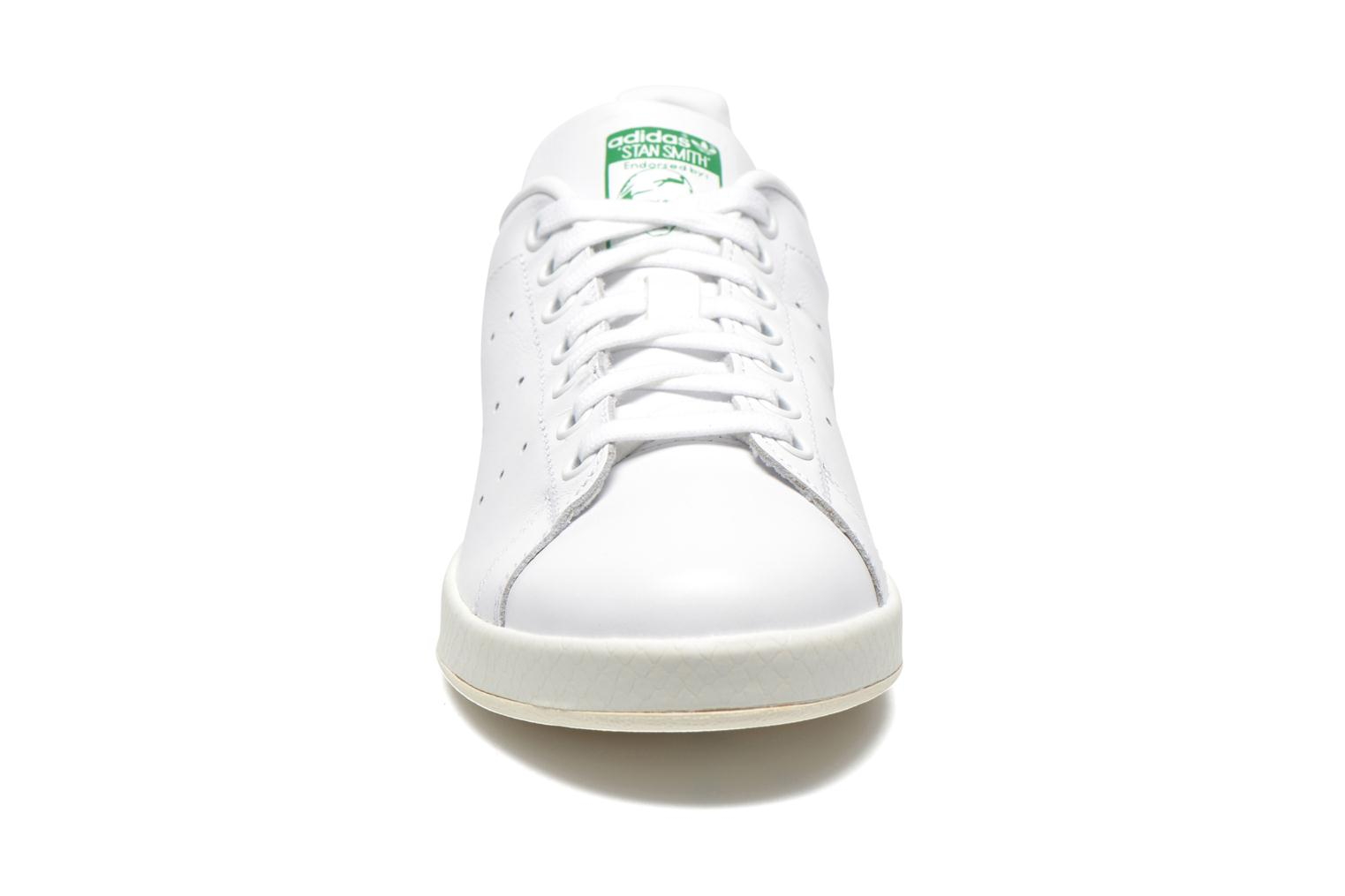 Baskets Adidas Originals Stan Smith Luxe W Blanc vue portées chaussures