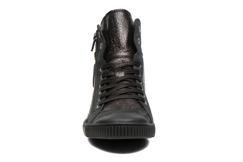 Baskets Pataugas Bono/S Noir vue portées chaussures