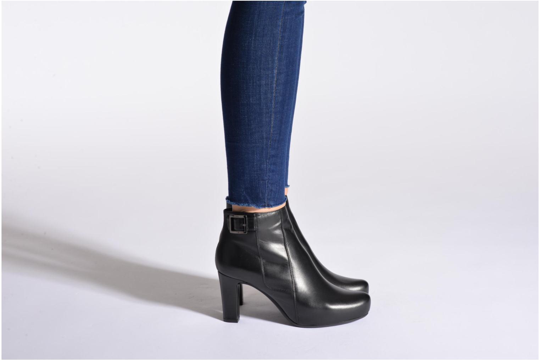 Bottines et boots Unisa Napur Noir vue bas / vue portée sac
