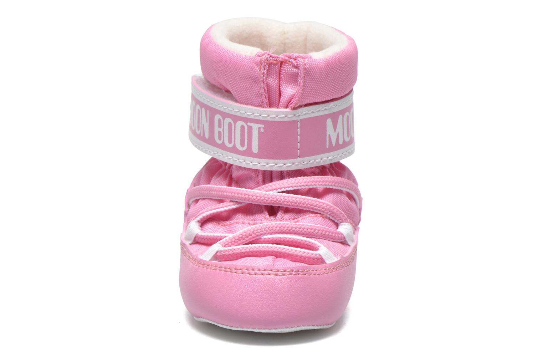 Stivali Moon Boot Moon Boot Crib Rosa modello indossato