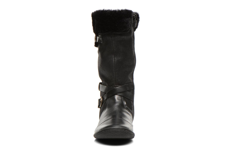 Bottes Kickers Carmina Noir vue portées chaussures