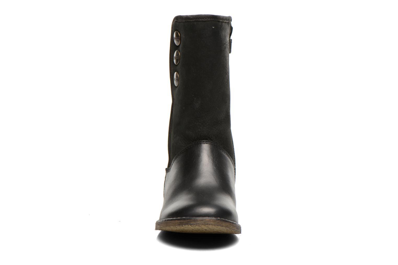 Bottes Kickers Flobizz Noir vue portées chaussures