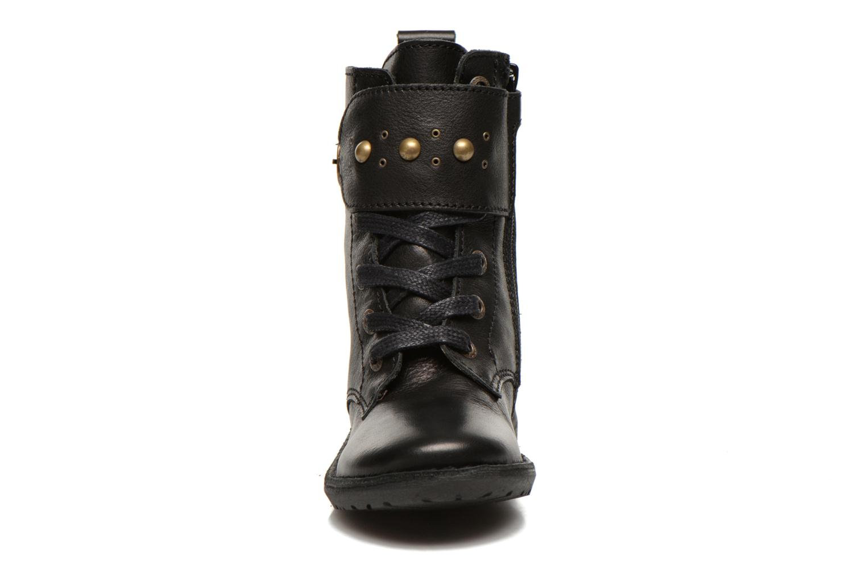 Bottines et boots Kickers Groovizz Noir vue portées chaussures