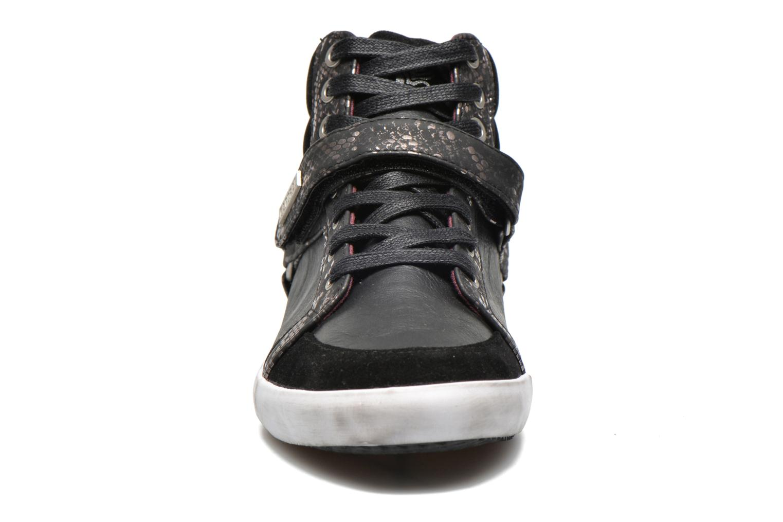 Baskets Kaporal Snoozy Noir vue portées chaussures