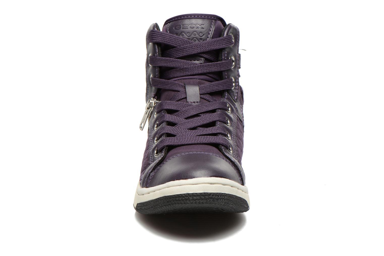 Sneakers Geox J Creamy G Viola modello indossato