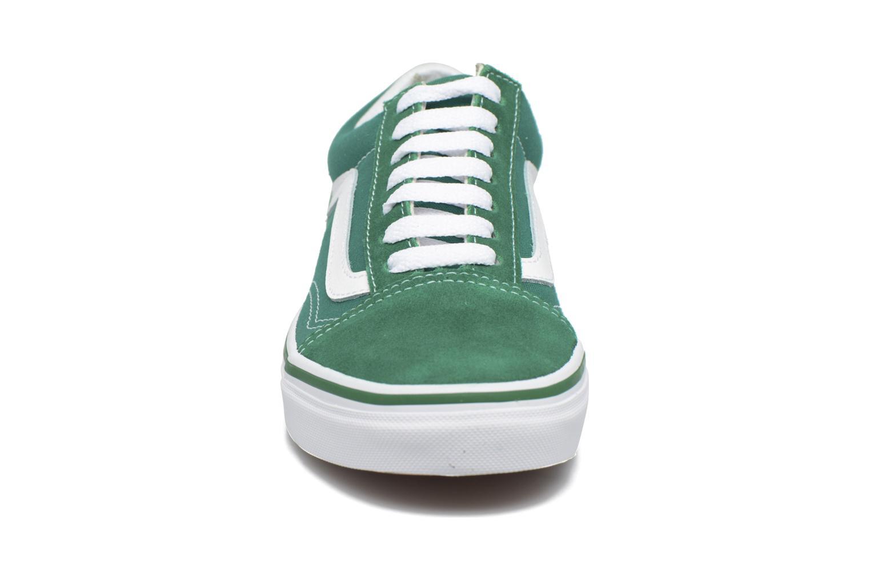 Sneaker Vans Old Skool E grün schuhe getragen