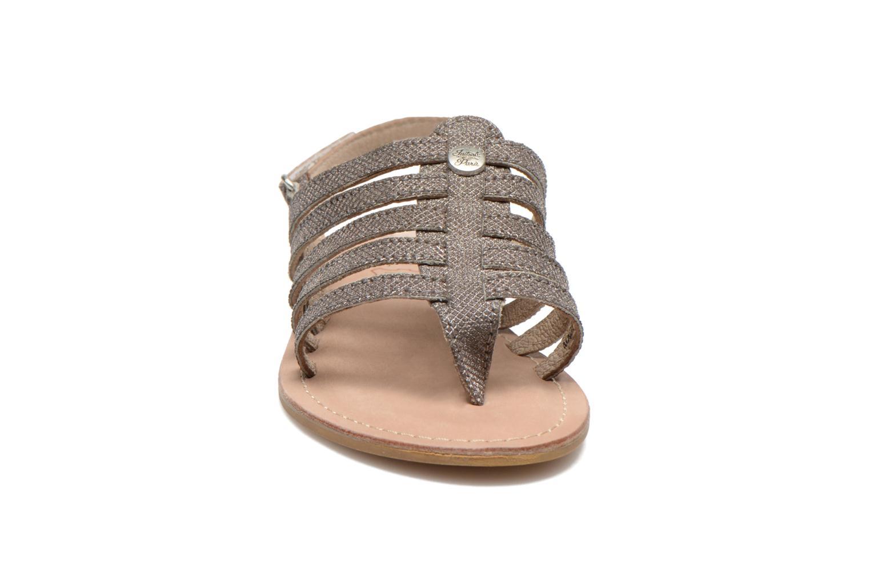 Sandales et nu-pieds Initiale Paris Menthe K Argent vue portées chaussures