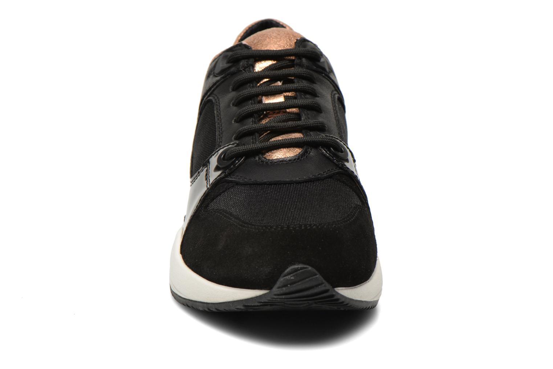Sneakers Geox D OMAYA A D540SA Zwart model
