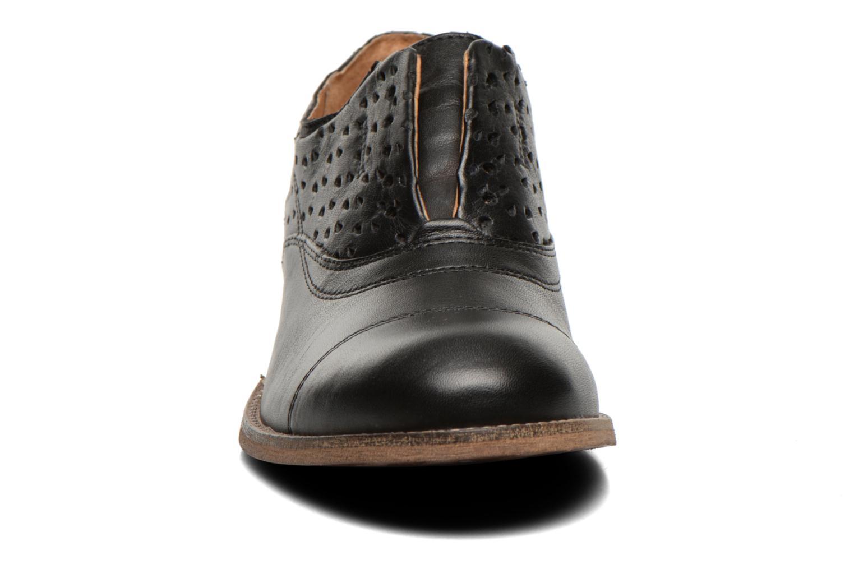 Loafers Kickers Punkychic Sort se skoene på
