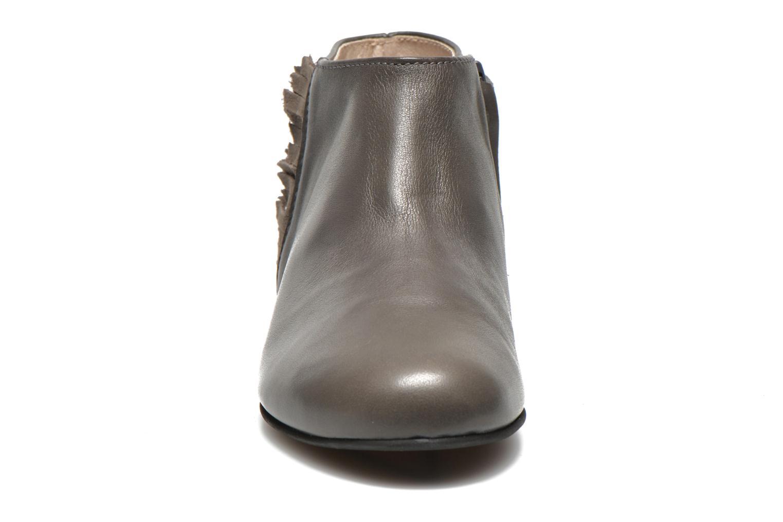 Stiefeletten & Boots Manuela de Juan Ingrid grau schuhe getragen