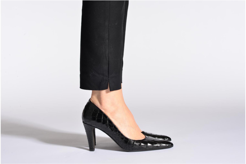High heels Perlato Prunov Black view from underneath / model view