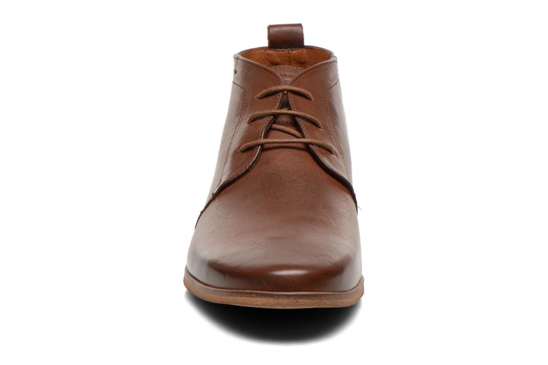Snörade skor Kost Zepee27 Brun bild av skorna på