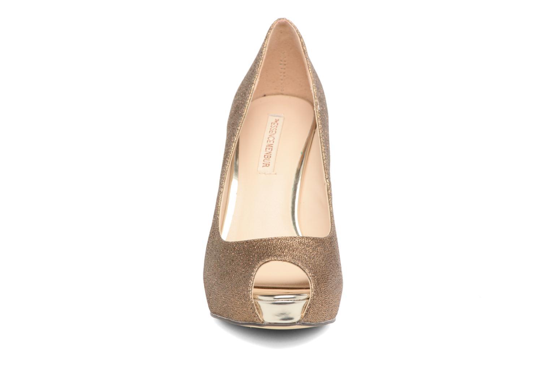 High heels Menbur Bailen Brown model view